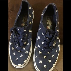 Other - New York's sneakers